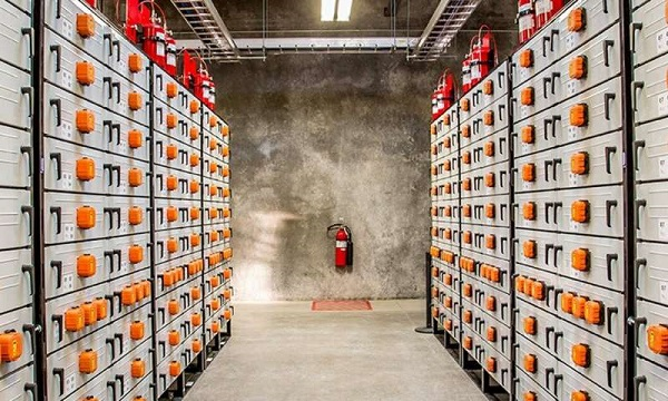 Utilities Are Starting To Invest In Big Batteries.